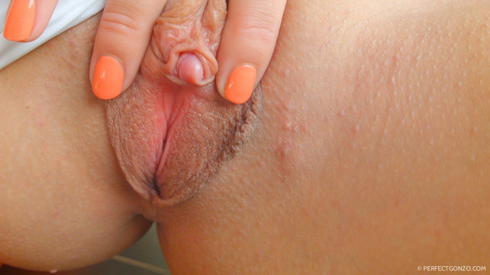 Look at the size of that clit!