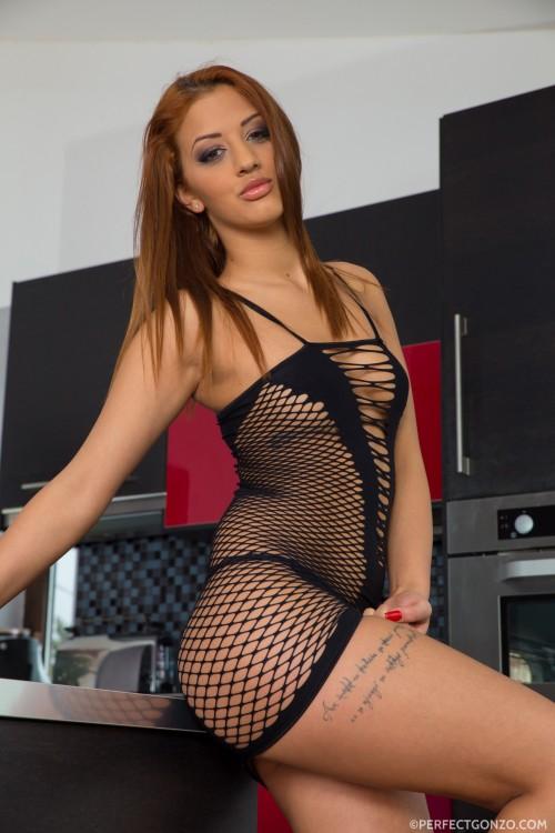 Beautiful Euro redhead Aylin Diamond